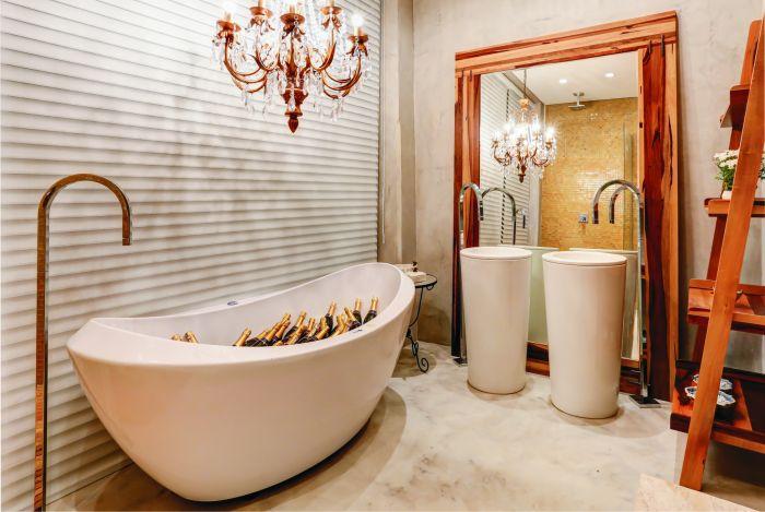 Banheiro de Loft para o casal  harmoniza sofisticação e bom gosto!